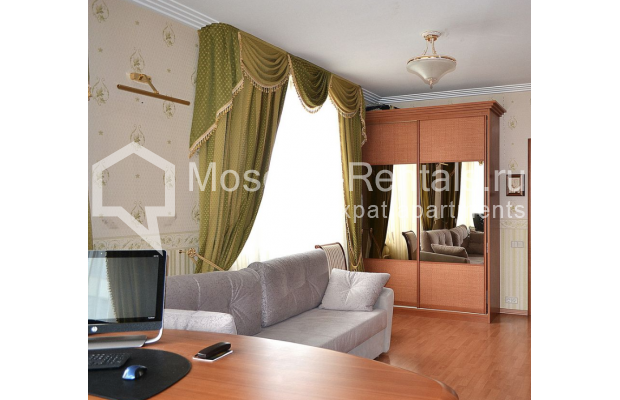 """Photo #11 3-room (2 BR) apartment <u>for a long-term rent</u> (<a href=""""http://moscow-rentals.ru/en/articles/long-term-rent"""" target=""""_blank"""">FAQ</a>)    in Russia, Moscow, Shabolovka str, 23к2"""