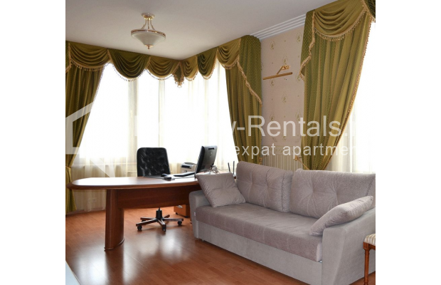 """Photo #12 3-room (2 BR) apartment <u>for a long-term rent</u> (<a href=""""http://moscow-rentals.ru/en/articles/long-term-rent"""" target=""""_blank"""">FAQ</a>)    in Russia, Moscow, Shabolovka str, 23к2"""