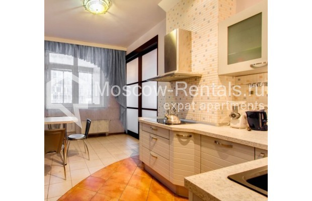 "Photo #7 3-room (2 BR) apartment <u>for a long-term rent</u> (<a href=""http://moscow-rentals.ru/en/articles/long-term-rent"" target=""_blank"">FAQ</a>)    in Russia, Moscow, Shabolovka str, 23 к 3"