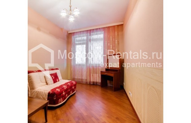 "Photo #5 3-room (2 BR) apartment <u>for a long-term rent</u> (<a href=""http://moscow-rentals.ru/en/articles/long-term-rent"" target=""_blank"">FAQ</a>)    in Russia, Moscow, Shabolovka str, 23 к 3"
