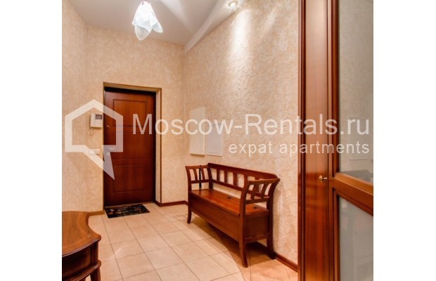 "Photo #12 3-room (2 BR) apartment <u>for a long-term rent</u> (<a href=""http://moscow-rentals.ru/en/articles/long-term-rent"" target=""_blank"">FAQ</a>)    in Russia, Moscow, Shabolovka str, 23 к 3"