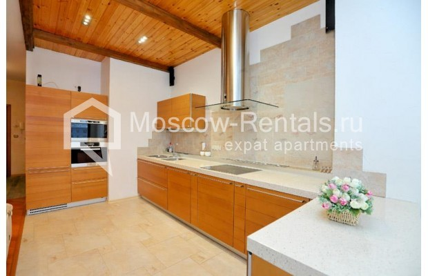 """Photo #5 3-room (2 BR) apartment <u>for a long-term rent</u> (<a href=""""http://moscow-rentals.ru/en/articles/long-term-rent"""" target=""""_blank"""">FAQ</a>)    in Russia, Moscow, Klimentovskyi lane, 2"""