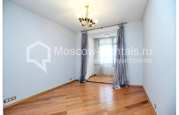 """Photo #11 3-room (2 BR) apartment <u>for a long-term rent</u> (<a href=""""http://moscow-rentals.ru/en/articles/long-term-rent"""" target=""""_blank"""">FAQ</a>)    in Russia, Moscow, Klimentovskyi lane, 2"""