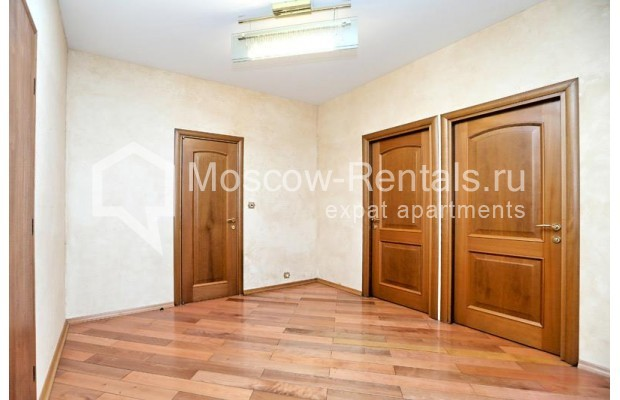 """Photo #16 3-room (2 BR) apartment <u>for a long-term rent</u> (<a href=""""http://moscow-rentals.ru/en/articles/long-term-rent"""" target=""""_blank"""">FAQ</a>)    in Russia, Moscow, Klimentovskyi lane, 2"""