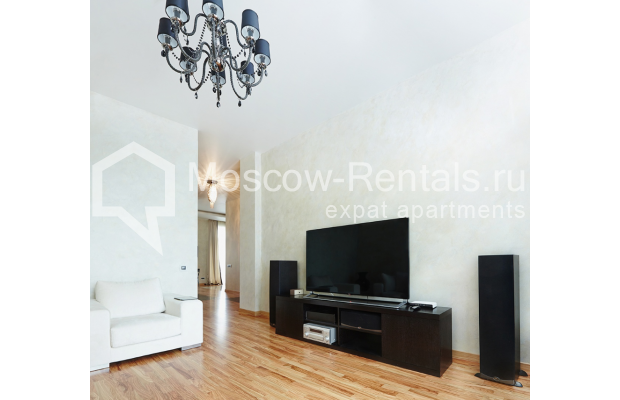 "Photo #2 2-room (1 BR) apartment <u>for a long-term rent</u> (<a href=""http://moscow-rentals.ru/en/articles/long-term-rent"" target=""_blank"">FAQ</a>)    in Russia, Moscow, Tverskaya str, 4"