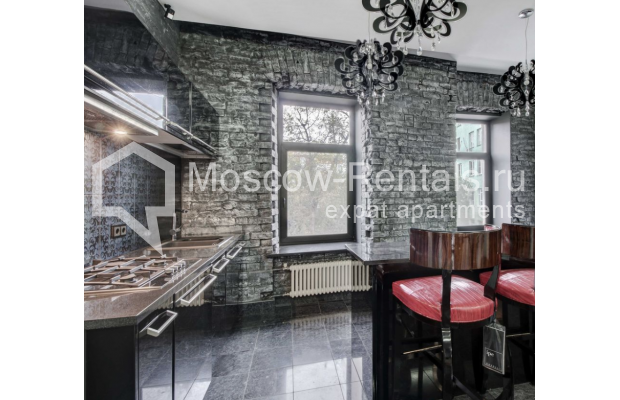 Photo #4 3-room (2 BR) apartment <u>for sale</u> in Russia, Moscow, Spiridonievskyi lane, 12/9