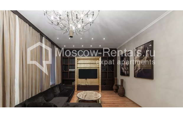 Photo #2 3-room (2 BR) apartment <u>for sale</u> in Russia, Moscow, Brusov lane, 2/14С1