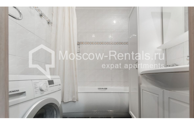 Photo #7 3-room (2 BR) apartment <u>for sale</u> in Russia, Moscow, Brusov lane, 2/14С1