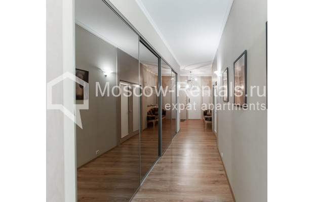 Photo #10 3-room (2 BR) apartment <u>for sale</u> in Russia, Moscow, Brusov lane, 2/14С1
