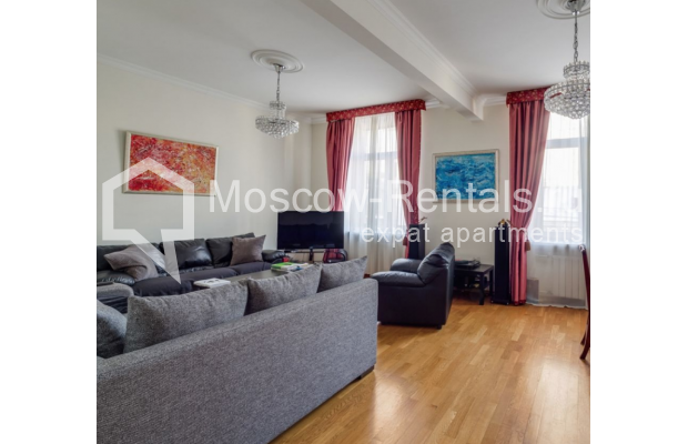 Photo #1 3-room (2 BR) apartment <u>for sale</u> in Russia, Moscow, Brusov lane, 8-10С1