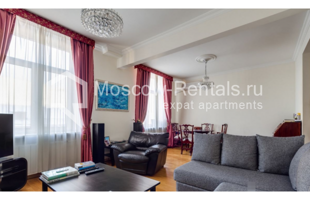 Photo #2 3-room (2 BR) apartment <u>for sale</u> in Russia, Moscow, Brusov lane, 8-10С1