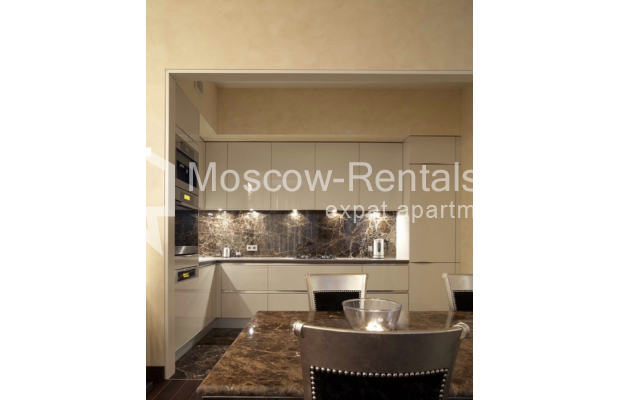 Photo #2 3-room (2 BR) apartment <u>for sale</u> in Russia, Moscow, Trekhprudnyi lane, 11/13С2