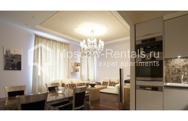Photo #4 3-room (2 BR) apartment <u>for sale</u> in Russia, Moscow, Trekhprudnyi lane, 11/13С2