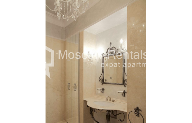 Photo #8 3-room (2 BR) apartment <u>for sale</u> in Russia, Moscow, Trekhprudnyi lane, 11/13С2
