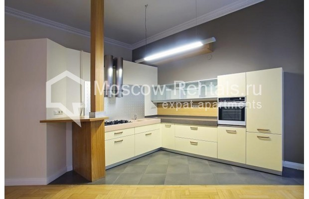 Photo #2 3-room (2 BR) apartment <u>for sale</u> in Russia, Moscow, Tverskaya str., 12С8