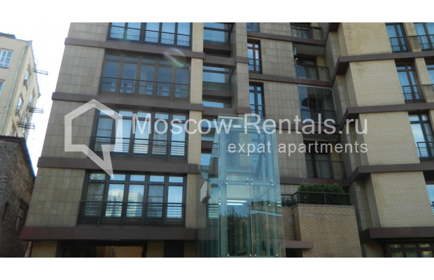 Photo #2 3-room (2 BR) apartment <u>for sale</u> in Russia, Moscow, Trubnaya sq., 2