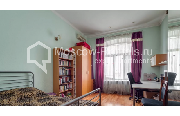 Photo #3 3-room (2 BR) apartment <u>for sale</u> in Russia, Moscow, Varsonofievskyi lane, 4С1