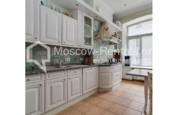 Photo #6 3-room (2 BR) apartment <u>for sale</u> in Russia, Moscow, Varsonofievskyi lane, 4С1