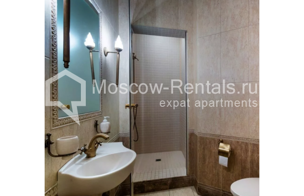 Photo #12 3-room (2 BR) apartment <u>for sale</u> in Russia, Moscow, Petrovka str, 17С3
