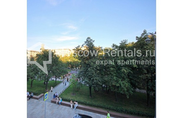 Photo #11 3-room (2 BR) apartment <u>for sale</u> in Russia, Moscow, Bolshaya Bronnaya str, 27/4