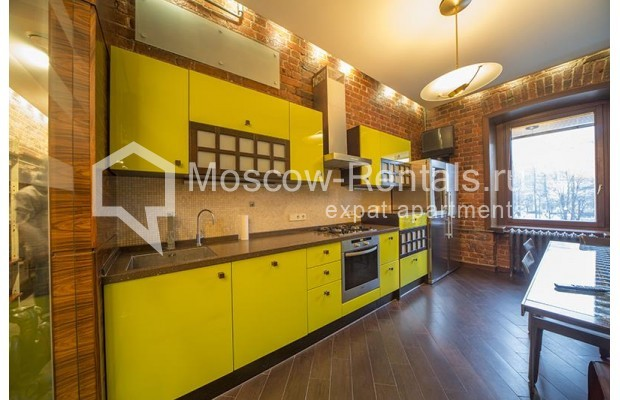 Photo #4 3-room (2 BR) apartment <u>for sale</u> in Russia, Moscow, Bolshaya Bronnaya str, 27/4