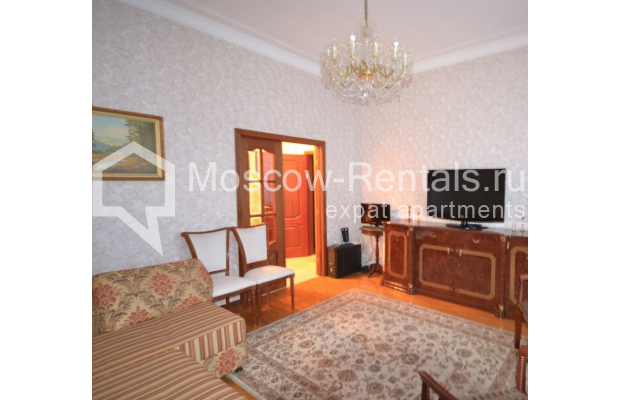 "Photo #2 3-room (2 BR) apartment for <a href=""http://moscow-rentals.ru/en/articles/long-term-rent"" target=""_blank"">a long-term</a> rent  in Russia, Moscow, Sytinskyi lane, 7/14"