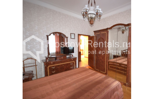 "Photo #3 3-room (2 BR) apartment for <a href=""http://moscow-rentals.ru/en/articles/long-term-rent"" target=""_blank"">a long-term</a> rent  in Russia, Moscow, Sytinskyi lane, 7/14"