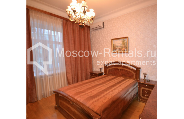 "Photo #5 3-room (2 BR) apartment for <a href=""http://moscow-rentals.ru/en/articles/long-term-rent"" target=""_blank"">a long-term</a> rent  in Russia, Moscow, Sytinskyi lane, 7/14"