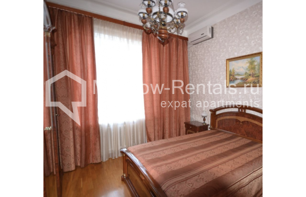 "Photo #7 3-room (2 BR) apartment for <a href=""http://moscow-rentals.ru/en/articles/long-term-rent"" target=""_blank"">a long-term</a> rent  in Russia, Moscow, Sytinskyi lane, 7/14"