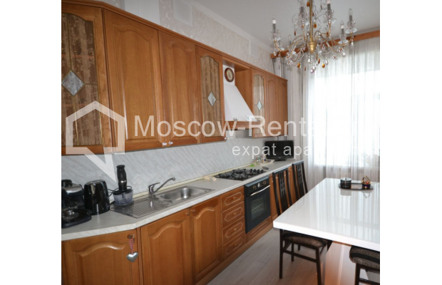 "Photo #9 3-room (2 BR) apartment for <a href=""http://moscow-rentals.ru/en/articles/long-term-rent"" target=""_blank"">a long-term</a> rent  in Russia, Moscow, Sytinskyi lane, 7/14"