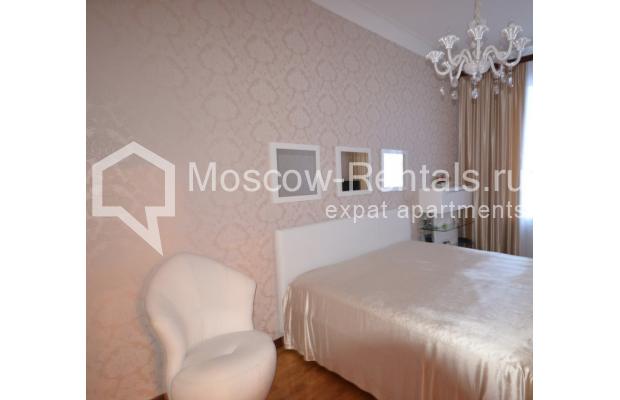 "Photo #11 3-room (2 BR) apartment for <a href=""http://moscow-rentals.ru/en/articles/long-term-rent"" target=""_blank"">a long-term</a> rent  in Russia, Moscow, Sytinskyi lane, 7/14"