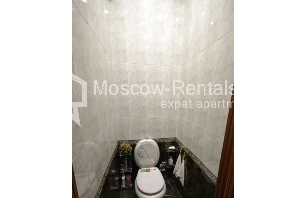 "Photo #13 3-room (2 BR) apartment for <a href=""http://moscow-rentals.ru/en/articles/long-term-rent"" target=""_blank"">a long-term</a> rent  in Russia, Moscow, Sytinskyi lane, 7/14"