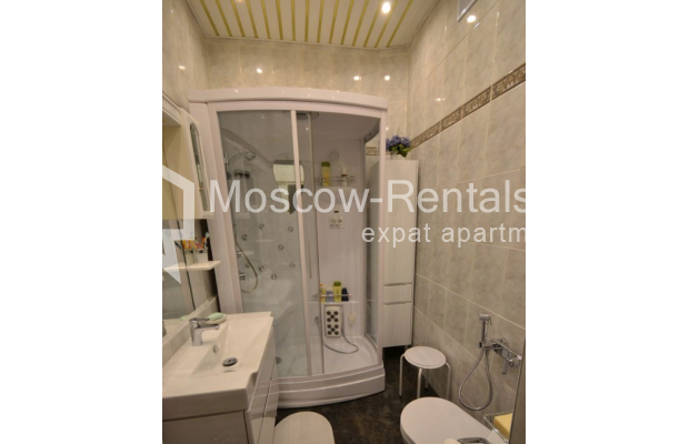"Photo #14 3-room (2 BR) apartment for <a href=""http://moscow-rentals.ru/en/articles/long-term-rent"" target=""_blank"">a long-term</a> rent  in Russia, Moscow, Sytinskyi lane, 7/14"