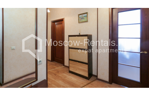 "Photo #11 3-room (2 BR) apartment for <a href=""http://moscow-rentals.ru/en/articles/long-term-rent"" target=""_blank"">a long-term</a> rent  in Russia, Moscow, Trekhprudnyi lane, 6"