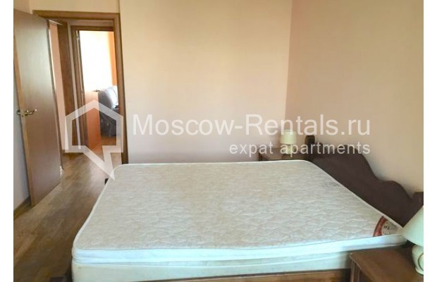 """Photo #5 3-room (2 BR) apartment for <a href=""""http://moscow-rentals.ru/en/articles/long-term-rent"""" target=""""_blank"""">a long-term</a> rent  in Russia, Moscow, Malaya Bronnaya str., 13"""