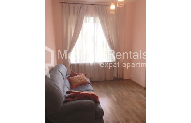 """Photo #6 3-room (2 BR) apartment for <a href=""""http://moscow-rentals.ru/en/articles/long-term-rent"""" target=""""_blank"""">a long-term</a> rent  in Russia, Moscow, Malaya Bronnaya str., 13"""