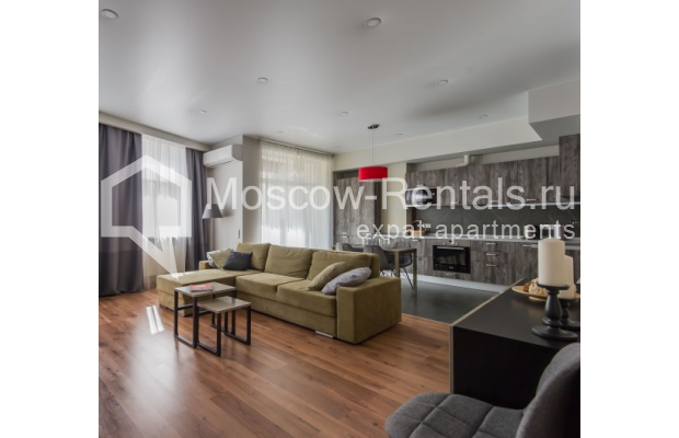 "Photo #1 3-room (2 BR) apartment <u>for a long-term rent</u> (<a href=""http://moscow-rentals.ru/en/articles/long-term-rent"" target=""_blank"">FAQ</a>)    in Russia, Moscow, Troitskaya str., 8"