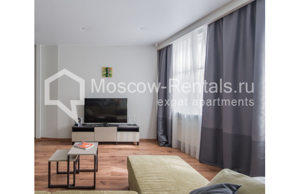 "Photo #6 3-room (2 BR) apartment <u>for a long-term rent</u> (<a href=""http://moscow-rentals.ru/en/articles/long-term-rent"" target=""_blank"">FAQ</a>)    in Russia, Moscow, Troitskaya str., 8"