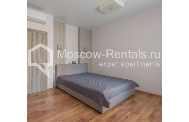 "Photo #9 3-room (2 BR) apartment <u>for a long-term rent</u> (<a href=""http://moscow-rentals.ru/en/articles/long-term-rent"" target=""_blank"">FAQ</a>)    in Russia, Moscow, Troitskaya str., 8"