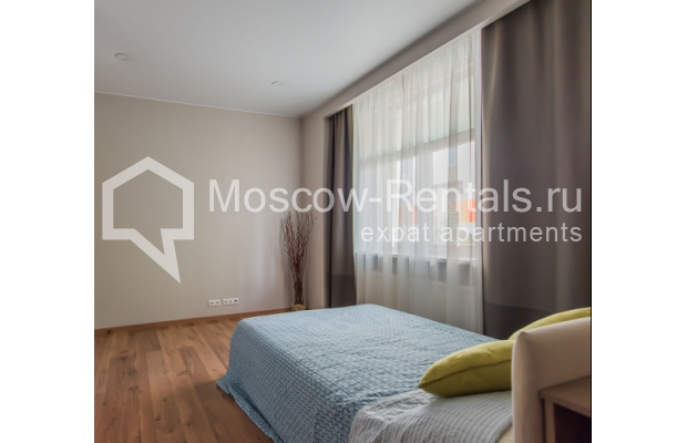 "Photo #13 3-room (2 BR) apartment <u>for a long-term rent</u> (<a href=""http://moscow-rentals.ru/en/articles/long-term-rent"" target=""_blank"">FAQ</a>)    in Russia, Moscow, Troitskaya str., 8"