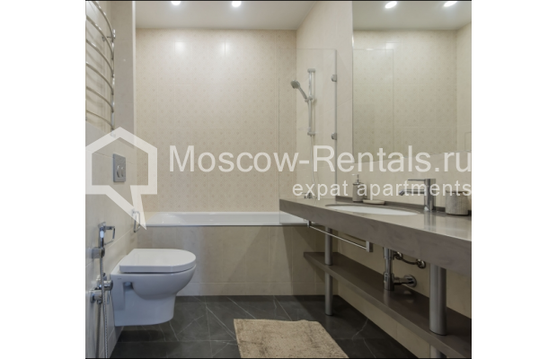 "Photo #15 3-room (2 BR) apartment <u>for a long-term rent</u> (<a href=""http://moscow-rentals.ru/en/articles/long-term-rent"" target=""_blank"">FAQ</a>)    in Russia, Moscow, Troitskaya str., 8"