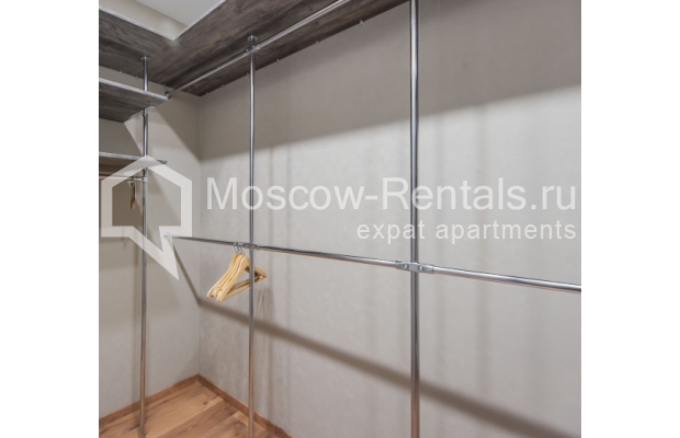 "Photo #19 3-room (2 BR) apartment <u>for a long-term rent</u> (<a href=""http://moscow-rentals.ru/en/articles/long-term-rent"" target=""_blank"">FAQ</a>)    in Russia, Moscow, Troitskaya str., 8"