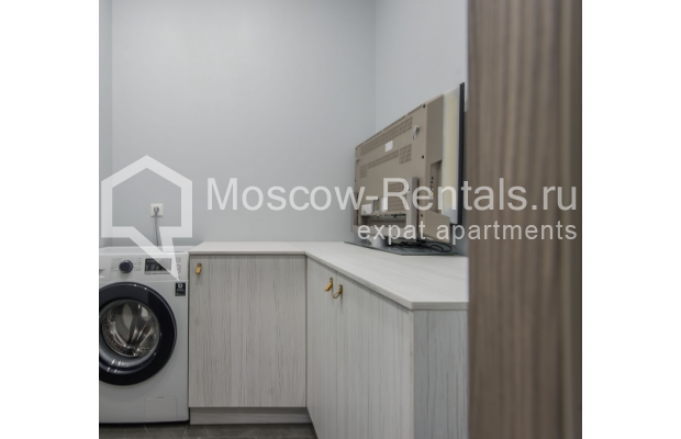 "Photo #20 3-room (2 BR) apartment <u>for a long-term rent</u> (<a href=""http://moscow-rentals.ru/en/articles/long-term-rent"" target=""_blank"">FAQ</a>)    in Russia, Moscow, Troitskaya str., 8"