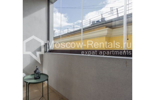 "Photo #21 3-room (2 BR) apartment <u>for a long-term rent</u> (<a href=""http://moscow-rentals.ru/en/articles/long-term-rent"" target=""_blank"">FAQ</a>)    in Russia, Moscow, Troitskaya str., 8"