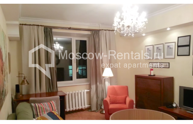 "Photo #2 3-room (2 BR) apartment for <a href=""http://moscow-rentals.ru/en/articles/long-term-rent"" target=""_blank"">a long-term</a> rent  in Russia, Moscow, Vorotnikovskyi lane, 5/9"
