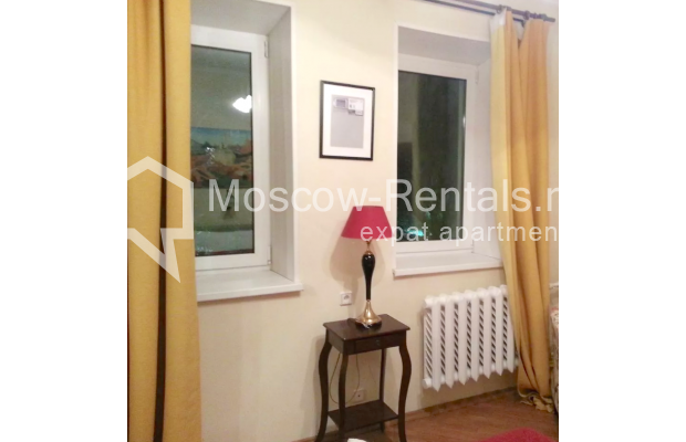 "Photo #12 3-room (2 BR) apartment for <a href=""http://moscow-rentals.ru/en/articles/long-term-rent"" target=""_blank"">a long-term</a> rent  in Russia, Moscow, Vorotnikovskyi lane, 5/9"