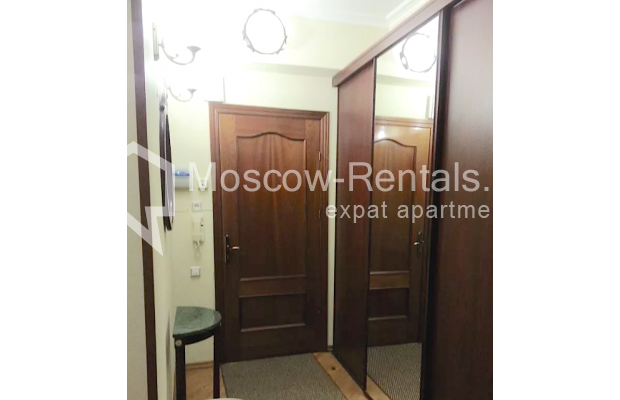 "Photo #17 3-room (2 BR) apartment for <a href=""http://moscow-rentals.ru/en/articles/long-term-rent"" target=""_blank"">a long-term</a> rent  in Russia, Moscow, Vorotnikovskyi lane, 5/9"