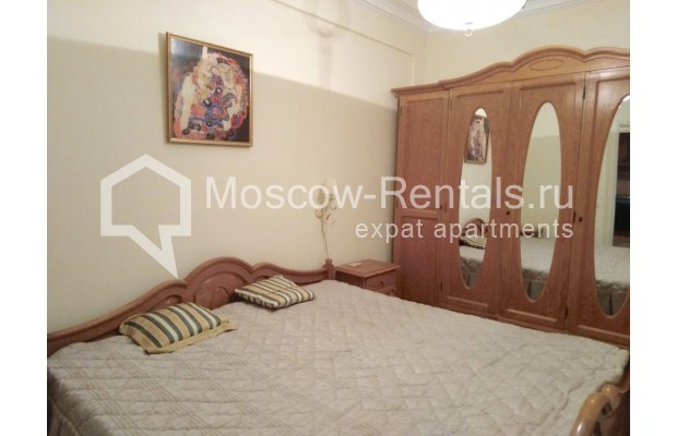 "Photo #9 3-room (2 BR) apartment for <a href=""http://moscow-rentals.ru/en/articles/long-term-rent"" target=""_blank"">a long-term</a> rent  in Russia, Moscow, Bolshaya Dmitrovka str, 21/7С2"