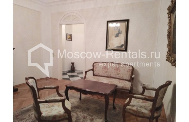 "Photo #7 3-room (2 BR) apartment for <a href=""http://moscow-rentals.ru/en/articles/long-term-rent"" target=""_blank"">a long-term</a> rent  in Russia, Moscow, Bolshaya Dmitrovka str, 21/7С2"
