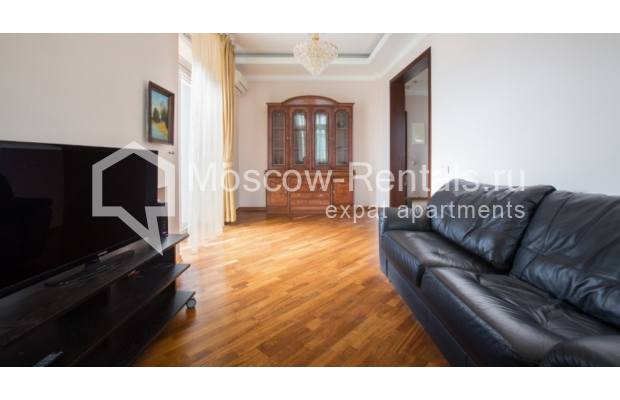 "Photo #2 2-room (1 BR) apartment <u>for a long-term rent</u> (<a href=""http://moscow-rentals.ru/en/articles/long-term-rent"" target=""_blank"">FAQ</a>)    in Russia, Moscow, Karetnyi Ryad str, 5/10 С 2"